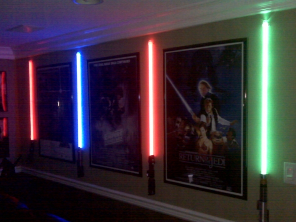 Star Wars Bedroom Ideas : Cool room. Heres what I did in my Star Wars/movie themed theater room ...